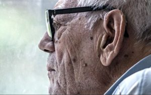 """Older adults with dementia exhibit financial """"symptoms"""" up to six years before diagnosis"""